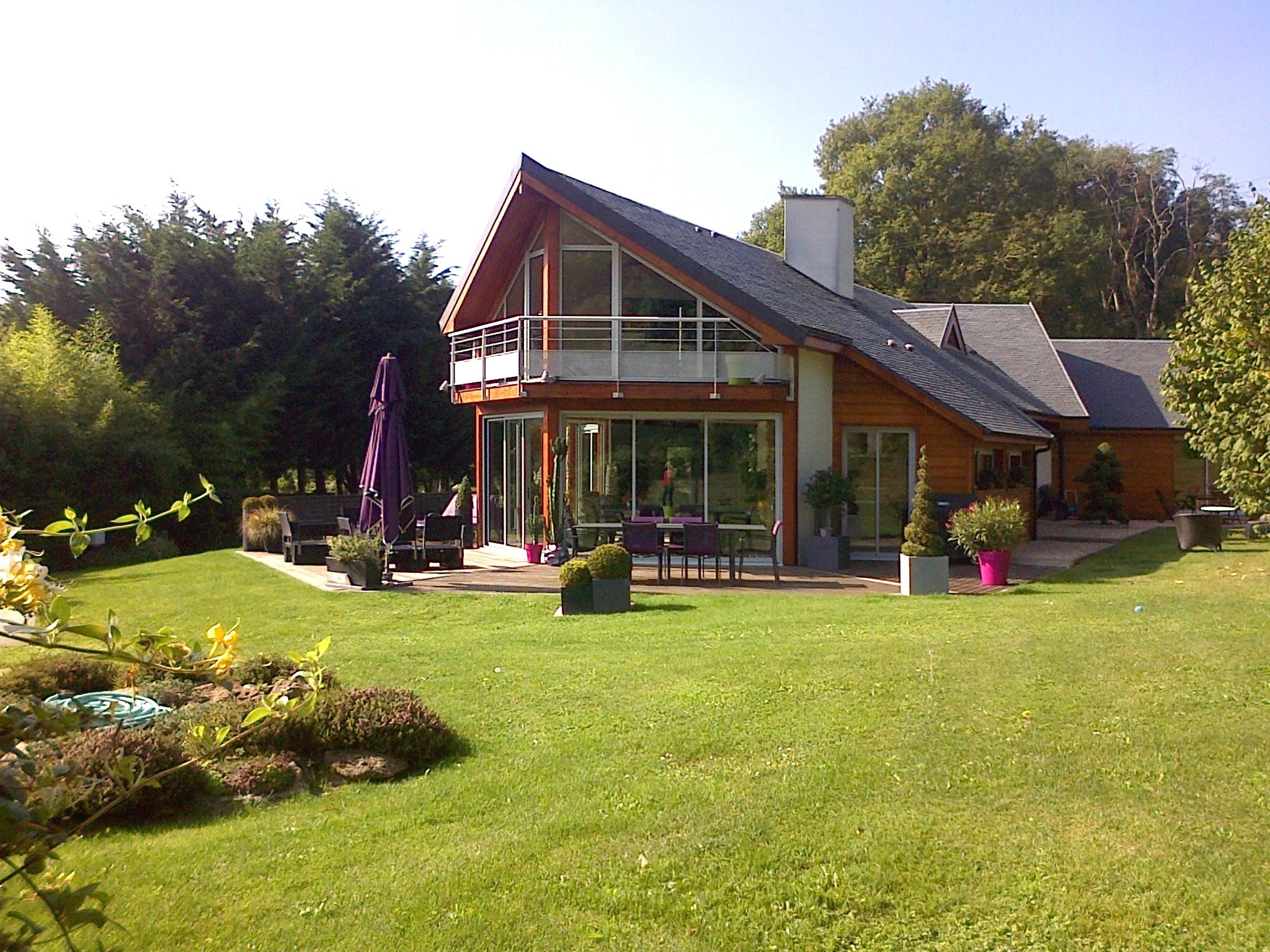 Bois briarde maison bois et thermopierre pr s de for Architecture maison bois