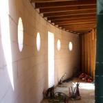 """Maison Organique bois et thermopierre en Vendée vue intèrieure des """"espaces tampon"""" au nord avant cloisonnement"""