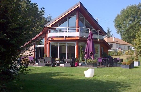 Bois briarde maison bois et thermopierre pr s de for Maison ossature bois marne